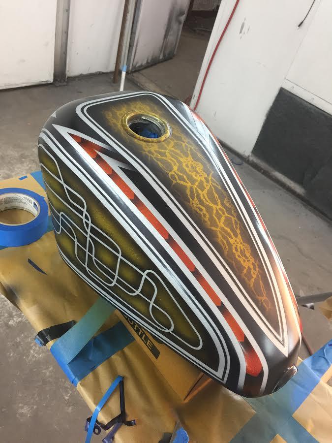 bobber-tank-color